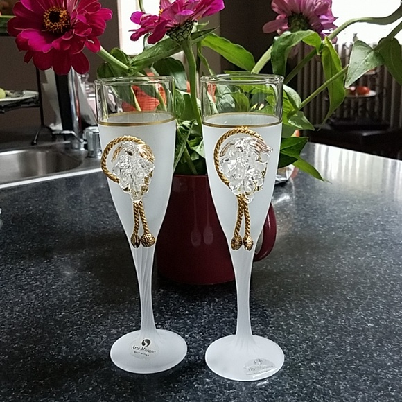 Pair Arte Murano Italian Frosted Champagne Glasses